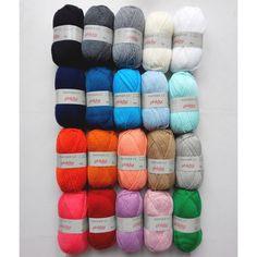PARTNER 3,5, le grand classique tricoté aux aiguilles 3,5 chez Phildar! Très doux, il convient à toute la famille. A voir ici http://www.magiedelalaine.com/acrylique-et-polyamide/240-partnr-35.html