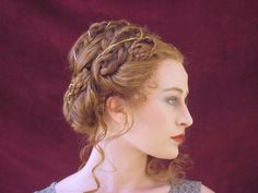 Vintage Hairstyles Curls Victorian Inspired Hairstyle - Are you looking for something different for your hair? Check out our Victorian hairstyle tutorial. Renaissance Hairstyles, Historical Hairstyles, Victorian Hairstyles, Vintage Hairstyles, Wedding Hairstyles, Fashion Hairstyles, Retro Updo, Hair Dos, Her Hair
