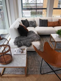 Hannas Home / livingroom / Housing fair 2016 in Finland / Asuntomessut 2016 / Kohde 20 Riihi Home Living Room, Living Room Designs, Living Room Decor, Cosy Home Decor, Build Your Own House, Scandinavian Home, Living Furniture, Dream Decor, Family Room