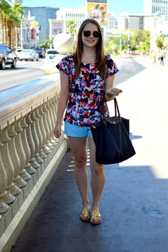cute summer outfit | easy looks for summer | preppy summer outfits | navy longchamp | gold jack rogers | a memor yof us |