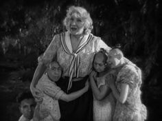 pinheads, real circus performers: Horror Film History — Freaks (1932)