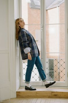 """""""I think every actor is typecast. Lily James, Black Loafers Outfit, Casual Look, Facon, Fashion Outfits, Womens Fashion, Everyday Fashion, Autumn Winter Fashion, Ideias Fashion"""
