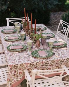 Carolyn Murphy, World Decor, Make A Table, Spring Wedding Inspiration, Thanksgiving Tablescapes, Al Fresco Dining, Laura Ashley, Table Settings, Mise En Place