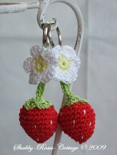 Crochet Strawberries and Strawberry Blossoms keychain–tutorial (in German)I use… – Amigurumi Free Pattern İdeas. Crochet Amigurumi, Crochet Food, Love Crochet, Crochet Gifts, Crochet Dolls, Crochet Flowers, Knit Crochet, Crochet Keychain, Crochet Earrings