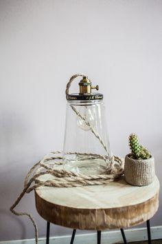 Potlamp | Deze lamp wordt met de hand gemaakt van de bekende augurkenpotten van Kesbeke.