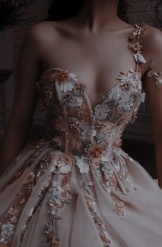Cute Prom Dresses, Ball Dresses, Elegant Dresses, Pretty Dresses, Beautiful Dresses, Vintage Dresses, Formal Dresses, Wedding Dresses, Ball Gowns Prom