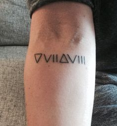 2017 trend Geometric Tattoo - Mysterious Glyph Tattoos and Meanings. Little Tattoos, Love Tattoos, Beautiful Tattoos, Small Tattoos, Gun Tattoos, White Tattoos, Arrow Tattoos, Et Tattoo, Piercing Tattoo