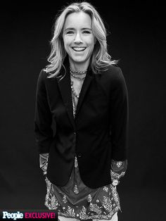 Say 'TV!' See Who's Having Fun at the TCAs | TEA LEONI | Heading to the small screen for the CBS drama Madam Secretary has Leoni downright giddy for the cameras during her portrait session.
