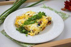 Жареные кабачки с яйцом и беконом