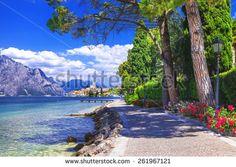 Природа Стоковые фотографии : Shutterstock Стоковая фотография