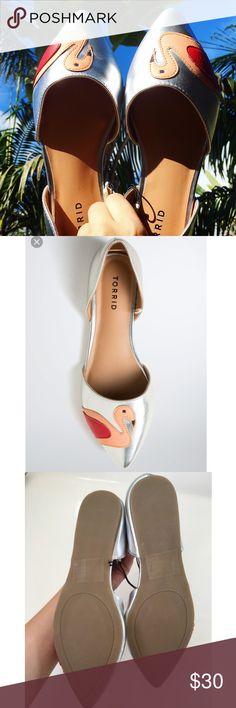 Torrid flamingo flats !  Sold out online ! Super cute. NWOT. Left foot has glitter on fabric. Came like that. torrid Shoes Flats & Loafers