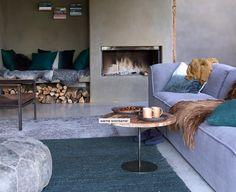 nice living room with fireplace Living Room With Fireplace, Cozy Living Rooms, Home Living Room, House Color Schemes, House Colors, Living Room Inspiration, Interior Inspiration, Turbulence Deco, Tadelakt