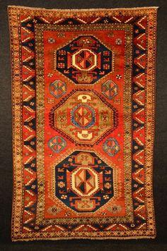Maison de ventes aux enchères en ligne Catawiki: Tapis du Caucase KAZAK Début XXe 243 x 154 cm