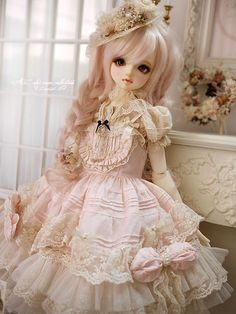 What an adorable doll!! She looks like a Volks doll, but I could be wrong. She's so cute either way!!!