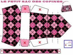 Monster High Printable Boxes | Monster High Free Printable Paper Purses in Pink.