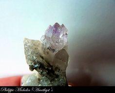 Amethyst scepter Hématite (Alpine type). Ex collecting Cristalliers: Canova P.  Location: Les Rocher des Enclaves (Enclaves), Savoie, Rhône-Alpes, France