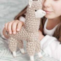 Paca Alpaka Baby Kind, Kit, Fingerless Gloves, Arm Warmers, Toys, Amigurumi, Baby Knitting, Knitting And Crocheting, Alpacas