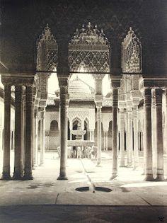 Antique and Classic Photographic Images: Patio de los Leones (Alhambra Granada, 1920s) Pho...
