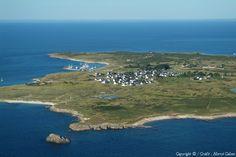 Photo aérienne de Ile d'Hoëdic - Morbihan (56) Monuments, Mont Saint Michel, France, Brittany, Celtic, Coast, Sky, Island, Photos