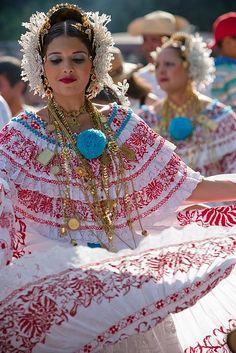 Panama Dancers, folklore