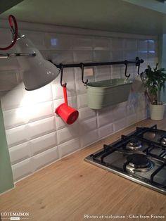 Rénovation d'une cuisine dans un appartement de famille à Lyon, PEPPER BUTTER works & moods* - Côté Maison Stove, Lyon, Kitchen Appliances, Relief, Projects, Pepper, Design, Home Ideas