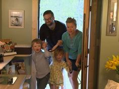 Tiny house nation season 1.  The big reveal!  Family of 4 Living in 207 Sq. Ft. Tiny House