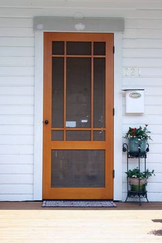 simple wood screen door looks like some of my daddys work he was also a carpenter doors wood floors & such Wood Screens, Craftsman Home Decor, Front Door, Beautiful Doors, Wood Screen Door, Craftsman Windows And Doors, Craftsman Exterior, Doors, Craftsman Style Homes