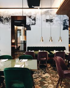 Restaurant lounge ideas – Bishop Design gives an art deco taste to Caramel London Luxury Restaurant, Restaurant Lounge, Modern Restaurant, Restaurant Furniture, Restaurant Lighting, Bar Lighting, Lighting Design, Design Café, Bar Interior Design