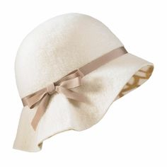 Arabel Cloche- Ivory white fold down pre cloche hat- CUTE http://www.vintagedancer.com/1920s/1920s-style-cloche-hats/