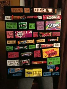 Top Going Away Gifts For Friends & Coworkers 2019 - Gift Ideas Corner - Stylist and Craft ideas - Pin this boardm - Help the street animals. Candy Poster Board, Candy Board, Candy Posters, Candy Bar Cards, Candy Signs, Going Away Presents, Presents For Best Friends, Moving Away Parties, Goodbye Party
