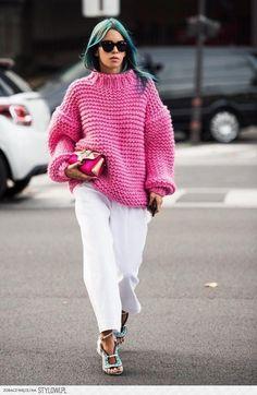 В тепле и уюте: 7 вариантов, как должен выглядеть модный свитер