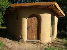Straw bale (simple) structure for all my backyard escapist needs. (Mama's retreat?)