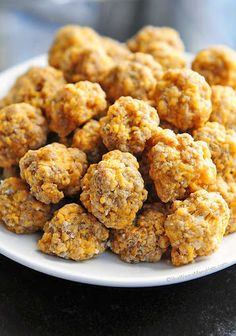 Who doesn't love sausage balls!? This is a beginner's recipe and super fun to make with the little ones! They are simple and good.