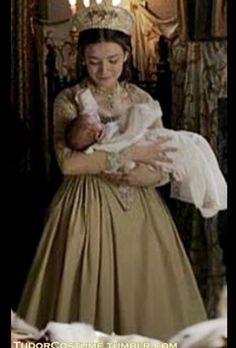Mary I Of England, Sarah Bolger, Celebrity Film, Tudor Costumes, Tudor Fashion, Shannara Chronicles, Lady Mary, Mary Elizabeth, Middle Ages