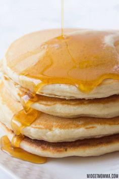 Homemade pancakes are the perfect breakfast. this homemade pancake mix recipe makes the most amazing pancakes ever! Denny's Pancake Recipe, Pancake Recipe With Vanilla, Pancake Recipes, Easy Pancake Mix, Pancakes Easy, Easy Pancake Recipe No Baking Powder, Corn Pancakes, Waffles, Oatmeal Pancakes