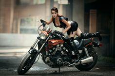 …… 摩托车女郎 ……(页 1) - 美女贴图 - 华声论坛 -- 无图精简版