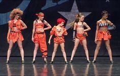 Le premier groupe de dance de la saison 5 de Dance Moms. C'est l'un de mes groupe préféré, puisqu'il est plus énergique que les autres. Chacune des filles rentre dans la peau d'un personnage d'une série américaine.