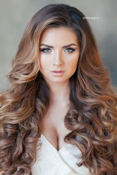 Super Ideas for hairstyles ponytail wedding curls Wedding Curls, Wedding Hair Down, Wedding Hairstyles For Long Hair, Bride Hairstyles, Ponytail Hairstyles, Down Hairstyles, Trendy Hairstyles, Hairstyle Wedding, Modern Haircuts