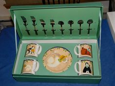 Sakura Cats ON Rugs BY Warren Kimball 4 Mugs 4 Plates Forks Spoons IN Case | eBay