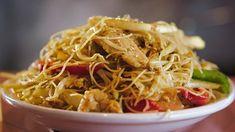 Vermicelles Singapour Quebec, Pasta Recipes, Dinner Recipes, Confort Food, Chop Suey, Japchae, Stir Fry, Macaroni, Fries