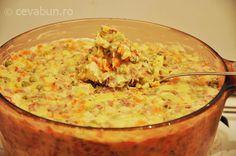 Cum se face salata de boeuf. Reteta salata rece cu legume si maioneza. Istoria si origine salata de boeuf. Aperitive pentru Craciun si sarbatori de iarna.