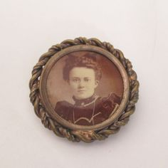 Mourning Memory Pin Brooch Victorian Photo Locket by vgvintage, $25.00