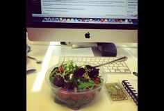 10 Great Healthy Snacks To Eat At Your Desk