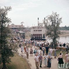 Disneyland 1955, opening day along the Rivers of America.