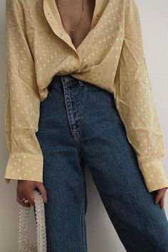 Ways To Style A Button Down Shirt - outfits , yellow oversized button down shirt with blue jeans Source by emkafile. 90s Fashion, Unique Fashion, Fashion Details, Vintage Fashion, Fashion Outfits, Fashion Tips, Womens Fashion, Style Fashion, Fashion Ideas