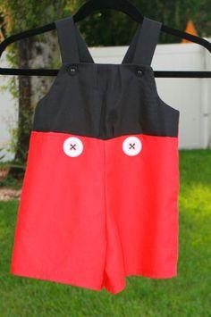 roupa do Mickey festa
