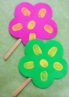 thumbprint popsicle stick flowers craft for kids to make, great for mothers day