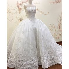 Customade fabrics with 2 layers cutting laser Rose Cord Embroidery | #meltatan #brides #embroidery #customade #rose #petal #pattern #ballgown #wedding #weddingdress #bridesfortoday #offwhite #colour #jakarta #designer #lady #rose #petal