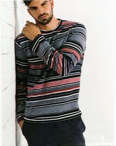 #Pijama #Admas de Terciopelo - Ref: 58505 Marino - Pijama de terciopelo (velour) de manga larga y pantalón largo. Textura muy suave y jugosita, pensado para los frioleros de casa. #hombre #ropaInterior #modahombre http://www.varelaintimo.com/marca/1/admas