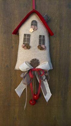 Handmade Christmas Crafts, Christmas Sewing Projects, Felt Christmas Decorations, Felt Christmas Ornaments, Felt Crafts, Holiday Crafts, Christmas Makes, Christmas Time, Wool